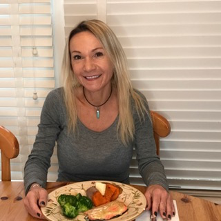 salmon-dinner-eliz