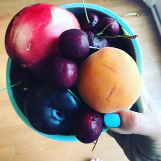 stone fruits bowl